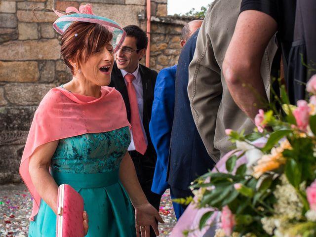 La boda de Rubén y Jessica en O Rosal (Couso), Pontevedra 28