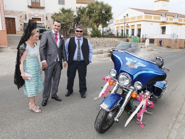 La boda de Paco y Carmen en Almaden De La Plata, Sevilla 1
