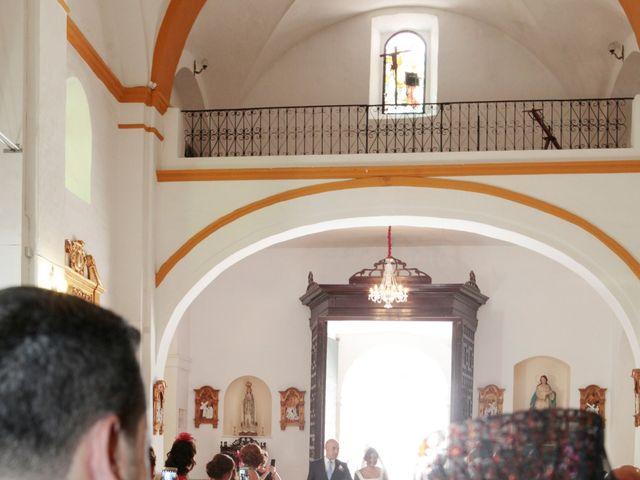 La boda de Paco y Carmen en Almaden De La Plata, Sevilla 15