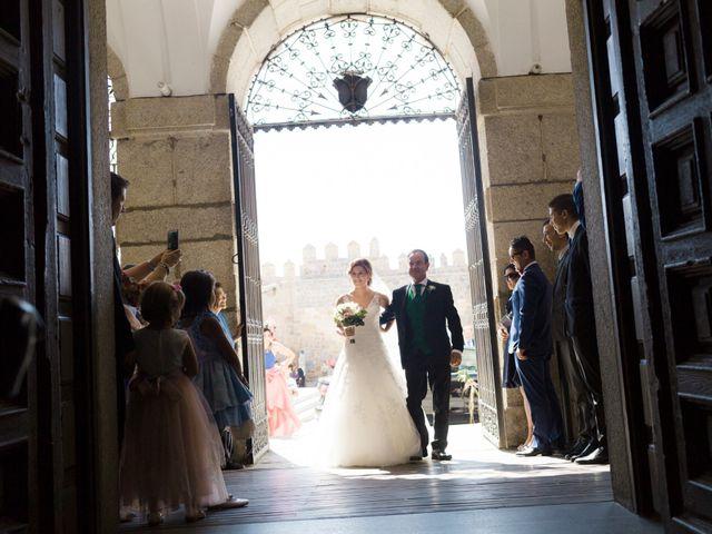 La boda de Ángel y Yolanda en Ávila, Ávila 17