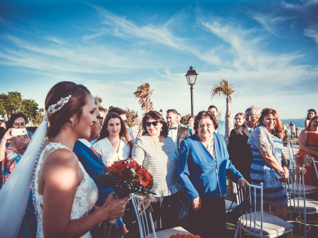 La boda de Ráuj y Ana Maria en El Puerto De Santa Maria, Cádiz 34