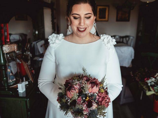 La boda de Javi y Isa en Torre Del Mar, Málaga 27