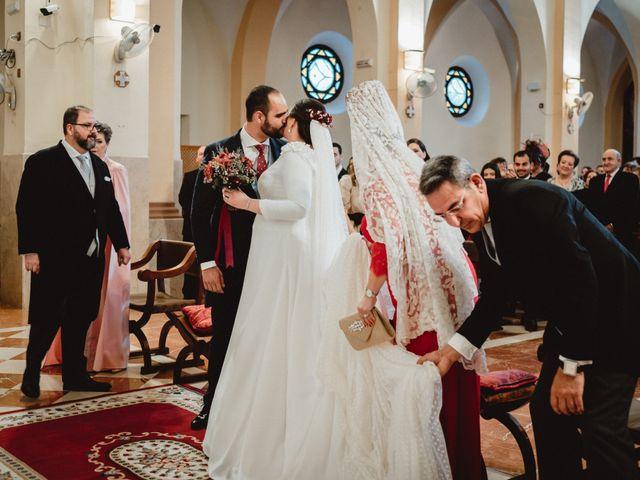 La boda de Javi y Isa en Torre Del Mar, Málaga 39