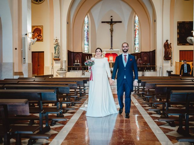 La boda de Javi y Isa en Torre Del Mar, Málaga 53