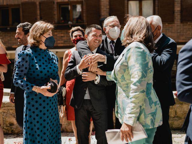 La boda de Irati y Raul en Donostia-San Sebastián, Guipúzcoa 12