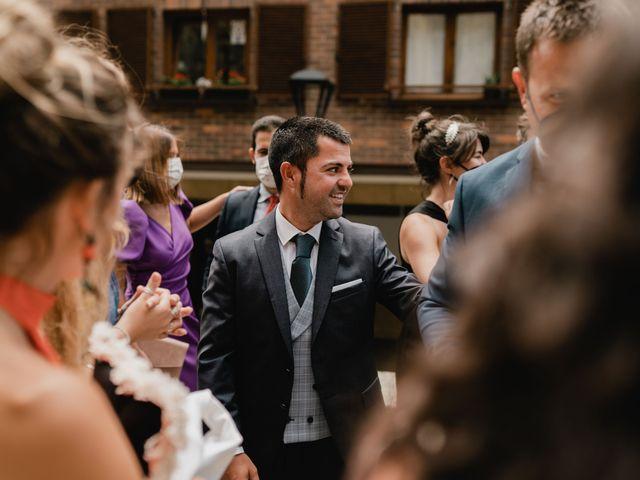 La boda de Irati y Raul en Donostia-San Sebastián, Guipúzcoa 45