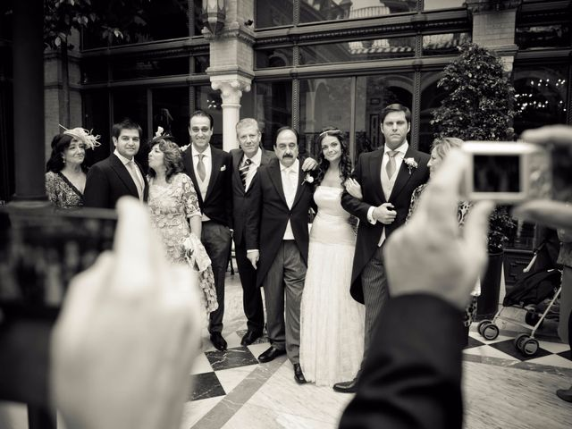 La boda de Damian y Sandra en Sevilla, Sevilla 60