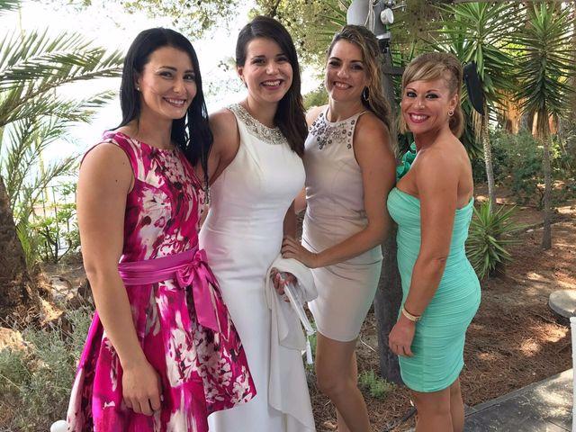 La boda de Juan y Giovana en Altea, Alicante 21