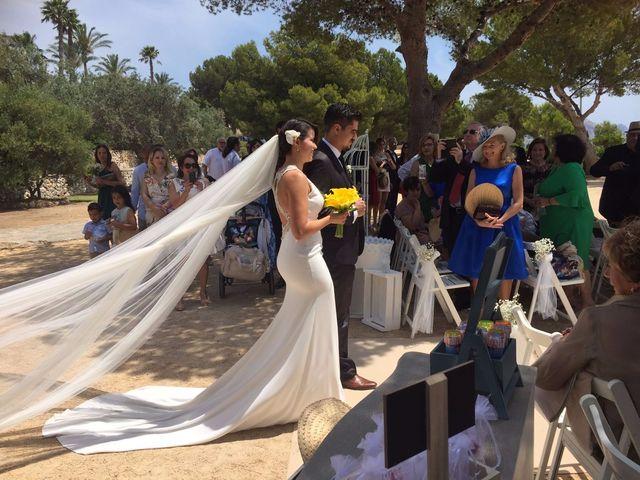 La boda de Juan y Giovana en Altea, Alicante 27