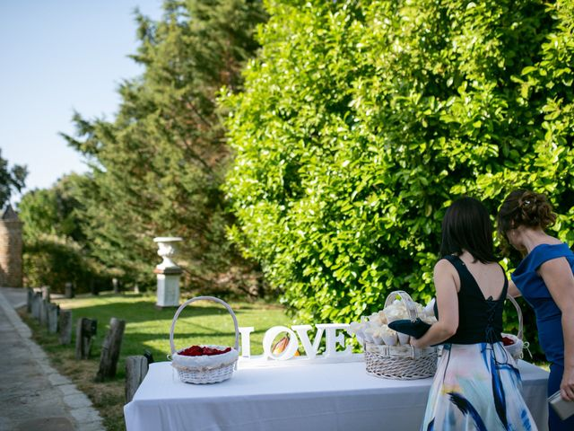 La boda de Pablo y Lily en Mangiron, Madrid 52