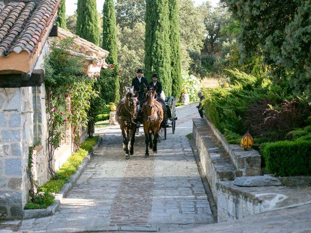 La boda de Pablo y Lily en Mangiron, Madrid 61
