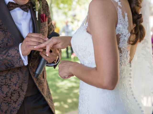 La boda de Mario y Lorena en Pedro Muñoz, Ciudad Real 35
