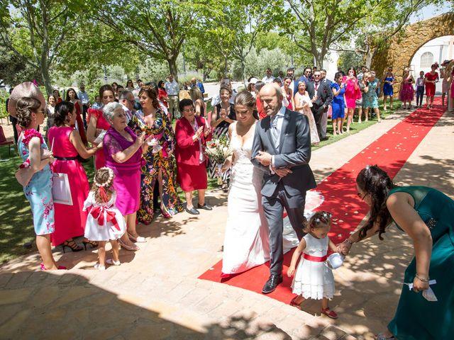 La boda de Mario y Lorena en Pedro Muñoz, Ciudad Real 36