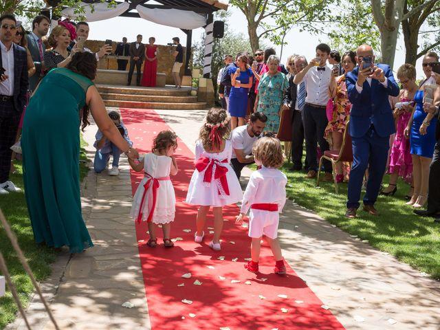 La boda de Mario y Lorena en Pedro Muñoz, Ciudad Real 45