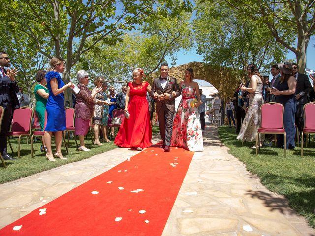 La boda de Mario y Lorena en Pedro Muñoz, Ciudad Real 48