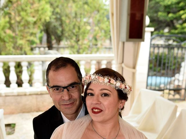 La boda de Miguel y Ana  en Santpedor, Barcelona 14