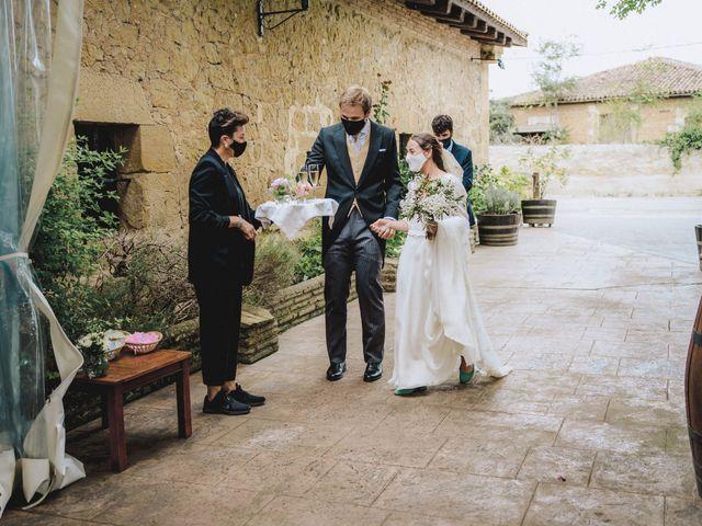 La boda de Lucas y Carlota en Casalarreina, La Rioja 33