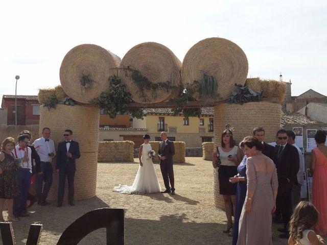 La boda de Daoíz  y Raquel en Astudillo, Palencia 7