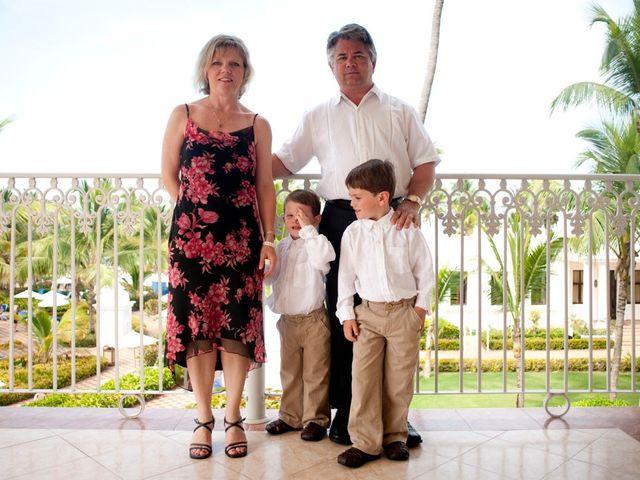 La boda de Mike y Michelle en Santa Cruz De Tenerife, Santa Cruz de Tenerife 30
