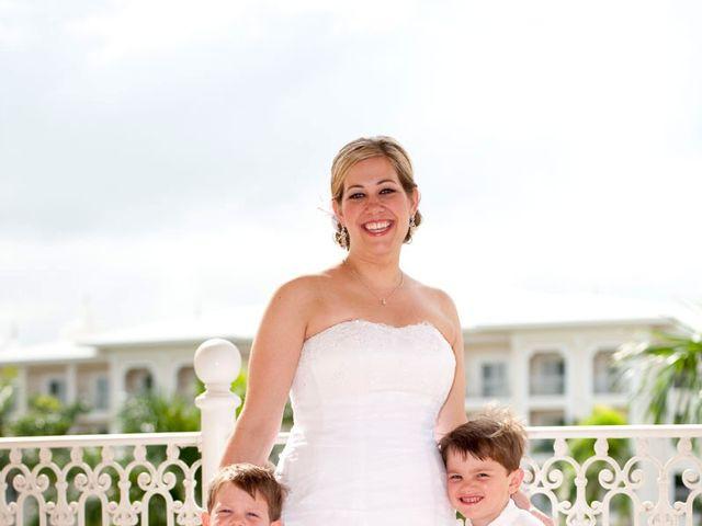 La boda de Mike y Michelle en Santa Cruz De Tenerife, Santa Cruz de Tenerife 56