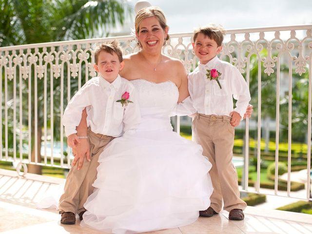 La boda de Mike y Michelle en Santa Cruz De Tenerife, Santa Cruz de Tenerife 57