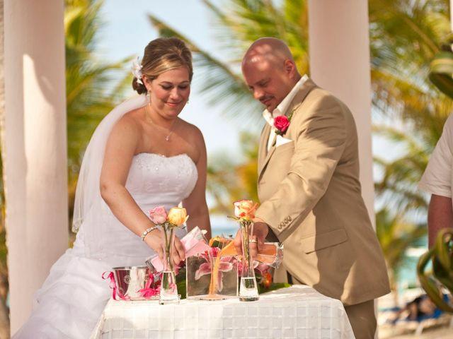 La boda de Mike y Michelle en Santa Cruz De Tenerife, Santa Cruz de Tenerife 111