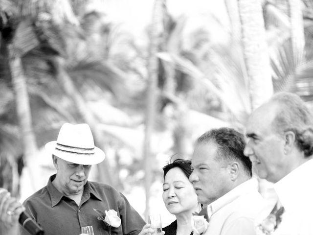 La boda de Mike y Michelle en Santa Cruz De Tenerife, Santa Cruz de Tenerife 132