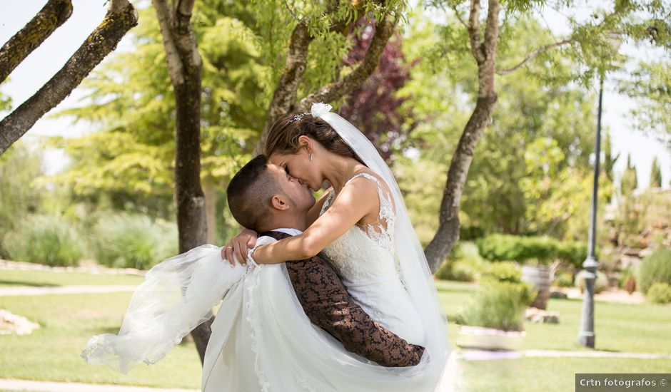 La boda de Mario y Lorena en Pedro Muñoz, Ciudad Real