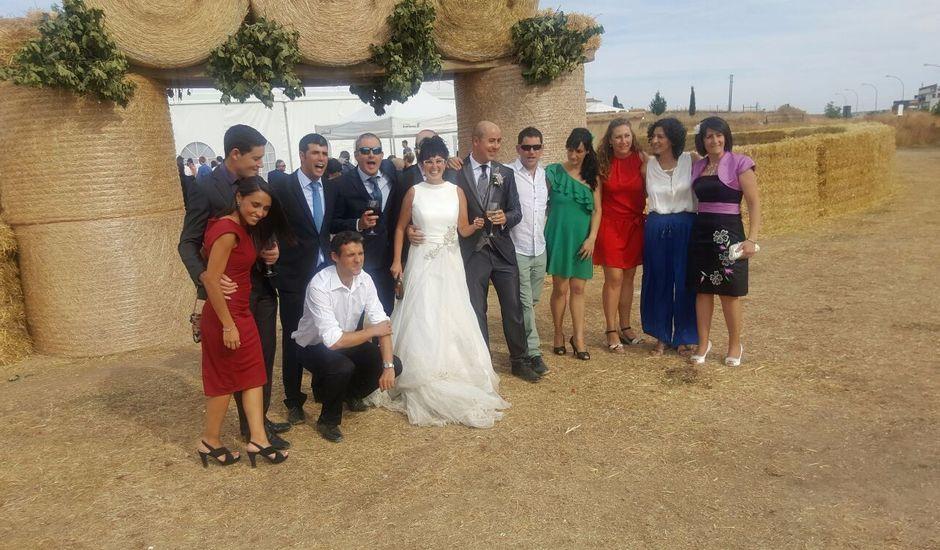 La boda de Daoíz  y Raquel en Astudillo, Palencia