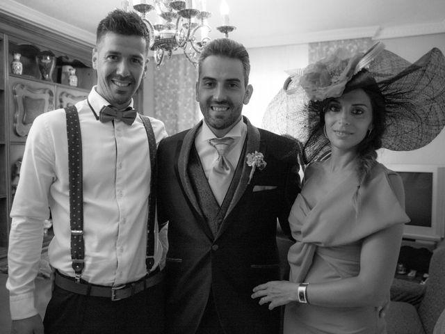 La boda de Víctor y Teresa en Alcorcón, Madrid 21
