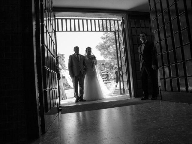 La boda de Víctor y Teresa en Alcorcón, Madrid 58