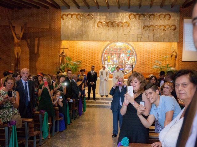 La boda de Víctor y Teresa en Alcorcón, Madrid 59