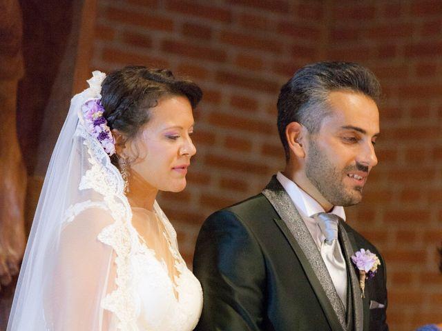 La boda de Víctor y Teresa en Alcorcón, Madrid 65