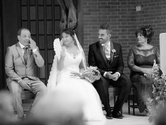 La boda de Víctor y Teresa en Alcorcón, Madrid 87