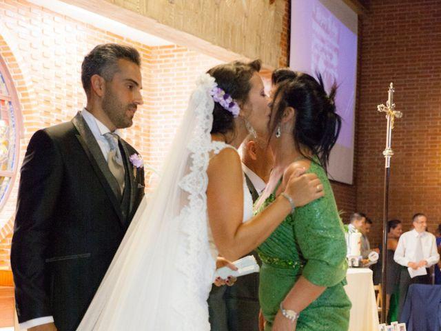 La boda de Víctor y Teresa en Alcorcón, Madrid 90