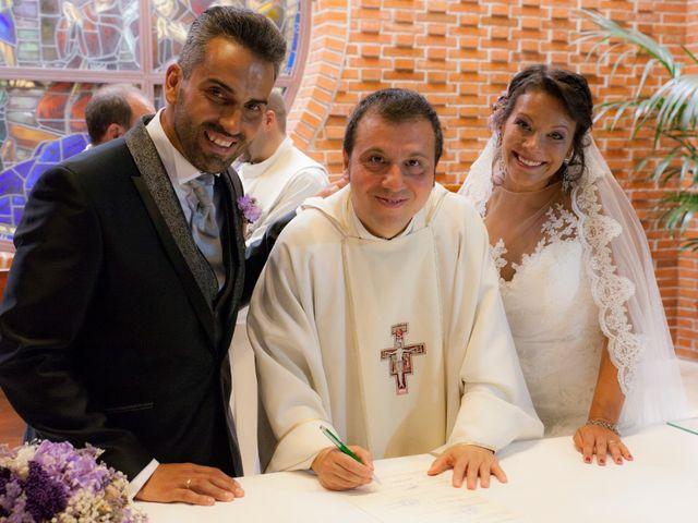 La boda de Víctor y Teresa en Alcorcón, Madrid 100