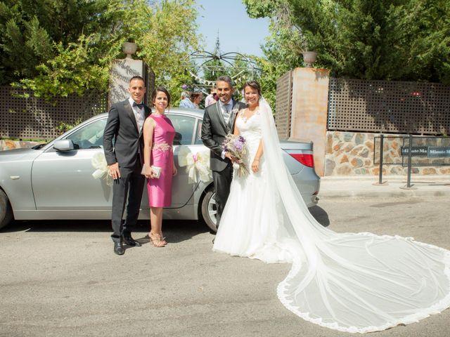 La boda de Víctor y Teresa en Alcorcón, Madrid 115