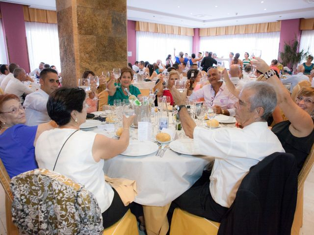 La boda de Víctor y Teresa en Alcorcón, Madrid 129