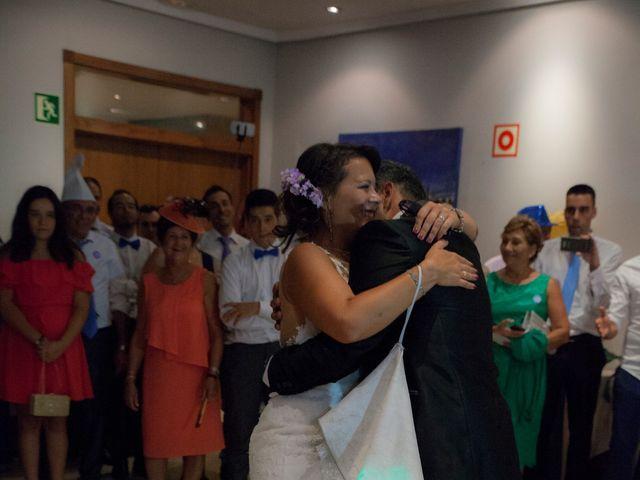 La boda de Víctor y Teresa en Alcorcón, Madrid 171