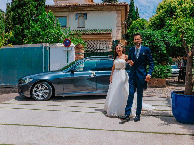 La boda de Gonzalo y Amparo en Granada, Granada 19