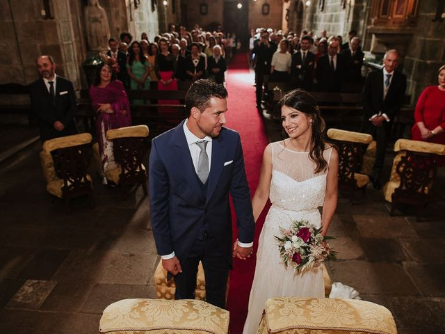 La boda de Alberto y Isa en Santiago De Compostela, A Coruña 23
