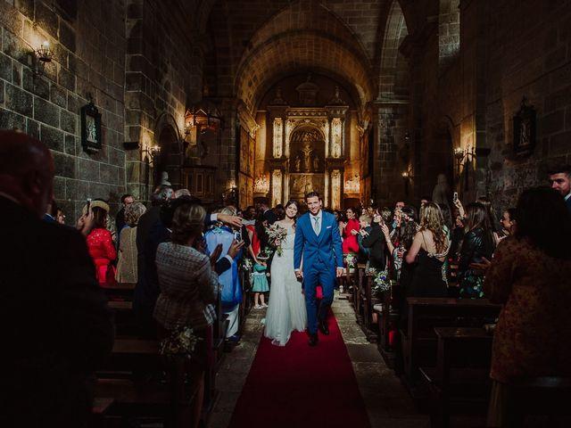 La boda de Alberto y Isa en Santiago De Compostela, A Coruña 27