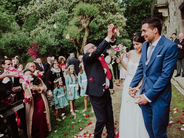 La boda de Alberto y Isa en Santiago De Compostela, A Coruña 32