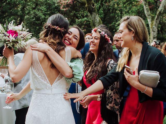 La boda de Alberto y Isa en Santiago De Compostela, A Coruña 33