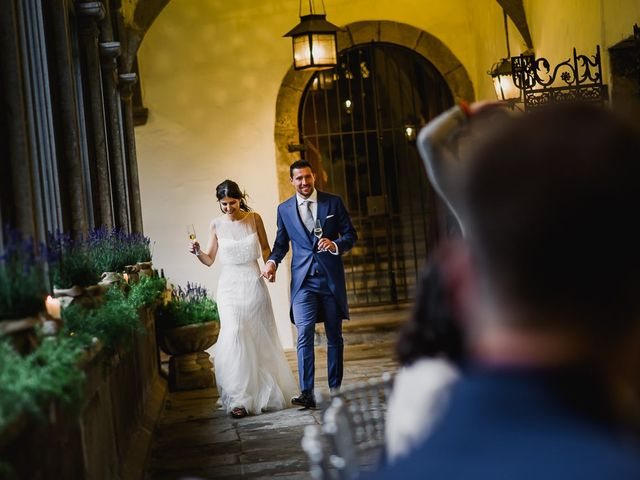 La boda de Alberto y Isa en Santiago De Compostela, A Coruña 51