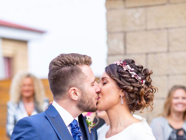 La boda de Alex y Zaira en Luanco, Asturias 16