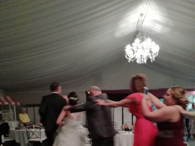 La boda de David y Nicole  en Bembibre, León 4