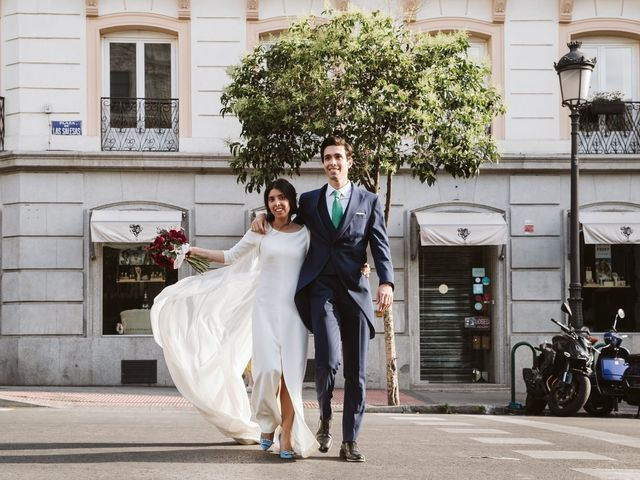 La boda de Nacho y Carmen en Madrid, Madrid 78