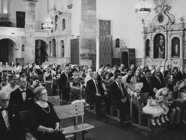 La boda de Jose Antonio y Fátima en Zafra, Badajoz 61