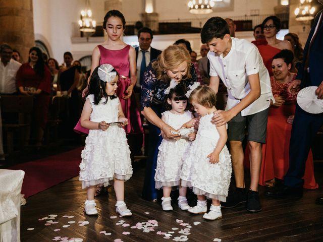 La boda de Jose Antonio y Fátima en Zafra, Badajoz 69